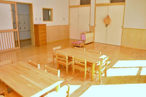 上水保育園清水分園施設写真(3歳児室)